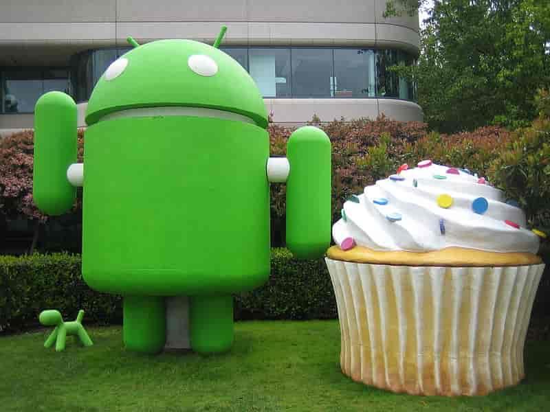 Android Cupcake in Hindi